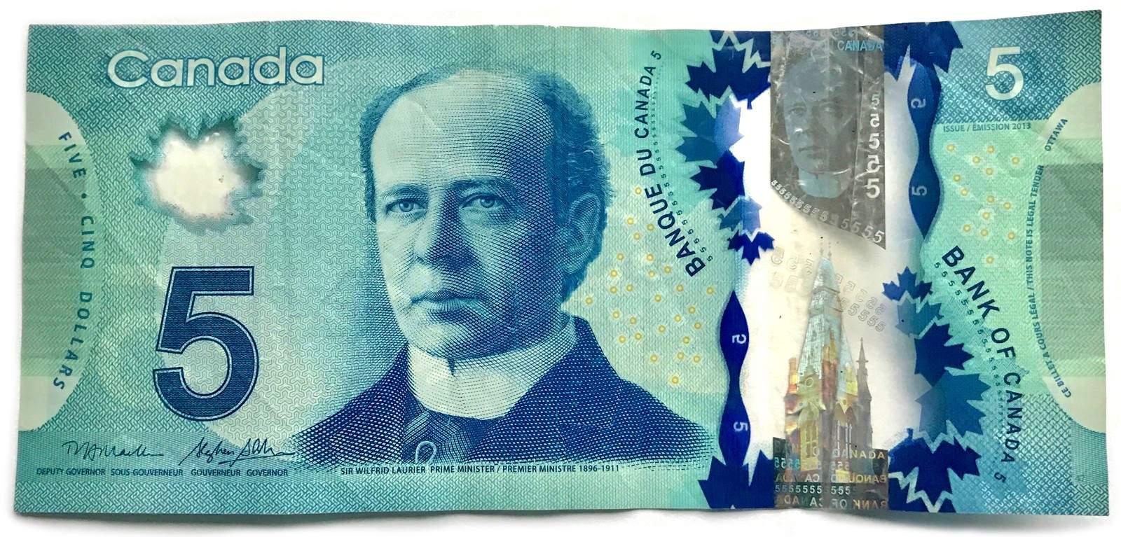 تصویر خست وزیر سالهای دور کانادا روی اسکناس 5 دلاری