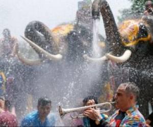 جشنواره آببازی در تایلند