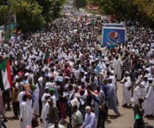 ادامه تظاهرات بر ضد حکومت نظامی در شهر خارطوم سودان