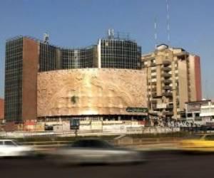 تصویری از دیوارنگاره جدید میدان ولیعصر(عج) تهران