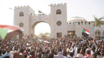 تظاهرات سودانیها علیه حکومت نظامی در شهر خارطوم
