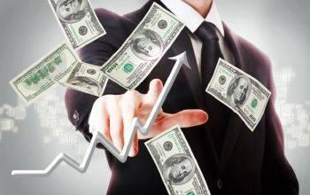 چرا قیمت دلار در بازار دوباره گران شد