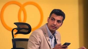90 نوشت: خوششانسی شفر / حمله هواداران استقلال به  عادل فردوسی پور در فضای مجازی!